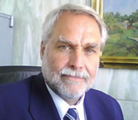Dr. Andrés Carriquiry